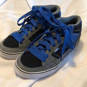 HAWK VGUC boys skate sneakers size 4 blue gray